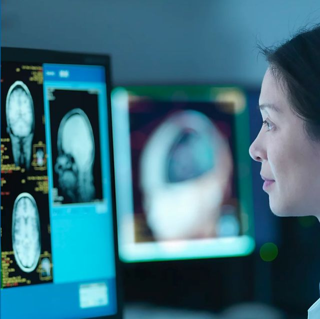 applied project claustrophobia and mri scans Know before you go: mri  the magnetic resonance imaging (mri) machine is a large piece of medical equipment—intimidating for some, since your body slides inside .